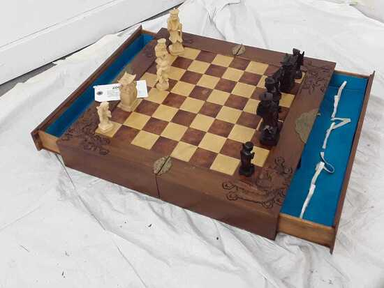 VINTAGE WOOD CHESS SET WI/BRASS ACCENTS