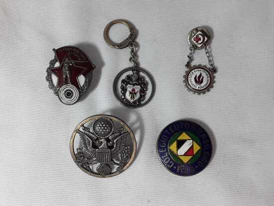ASSORTMENT OF 5 GOVERMENT/ WAR RELATED PINS