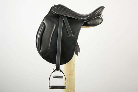 SAD 180BR-18 MARCHOG ENDURANCE DRESSAGE ENG SADDLE