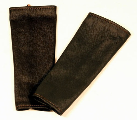"LEAT 400BLX3 THREE PAIRS OF 10"" BL LEATHER SLEEVES"