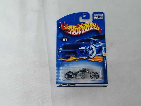 HOT WHEELS BLAST LANE BLUE FLAMES
