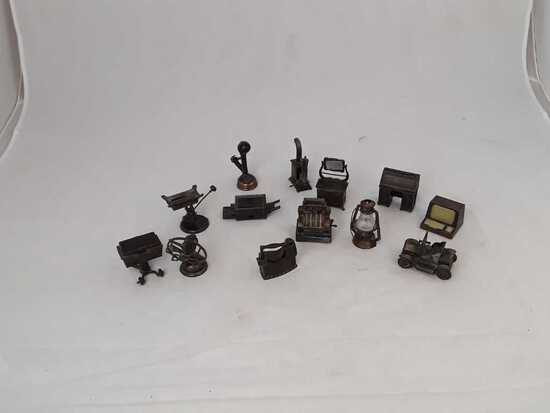 13 VINTAGE DIECAST PENCIL SHARPERNERS