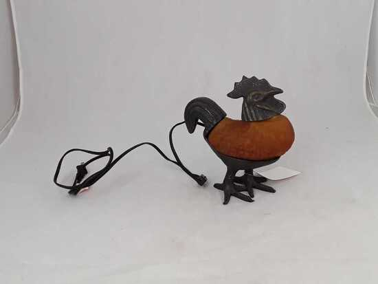 CAST IRON ROOSTER LAMP