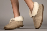 BOOT 100MEN-7 SHEEPSKIN SLIPPERS SZ 7