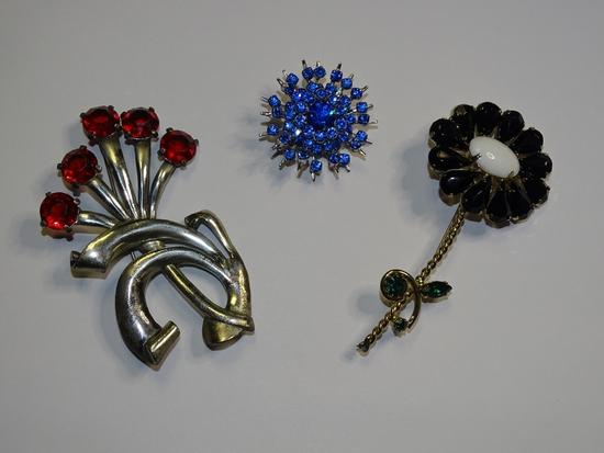 Vintage Pins: Red Flowers, Black Flower, Starburst