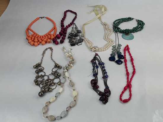 FASHION BEADED NECKLACES