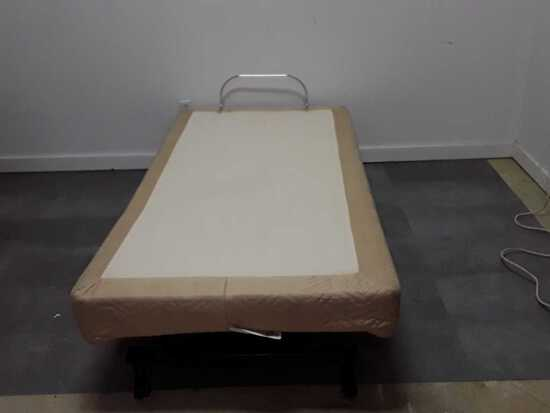 WHISPER POWER ADJUSTABLE BED BASE