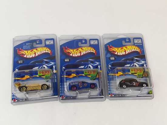 3 HOT WHEEL RACE & WIN ONLINE NEW IN PACKAGE