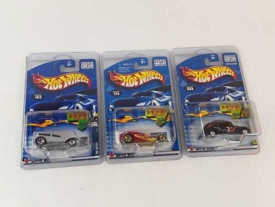 3 HOT WHEELS RACE & WIN NEW IN PACKAGE