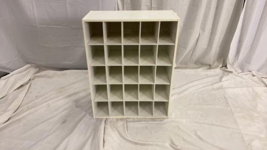 White 25 Hole Cube Organizer
