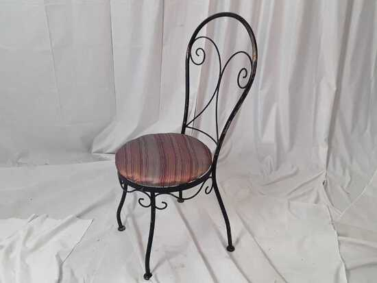 BLACK METAL WIRE CHAIR W/ MULTICOLOR CUSHION