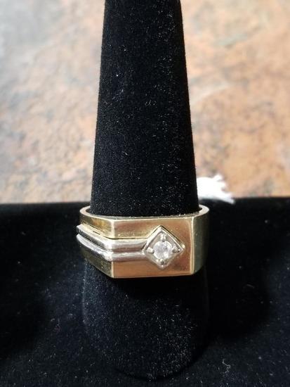 10k Gold Ring w/ Diamonds - 8.5 Grams