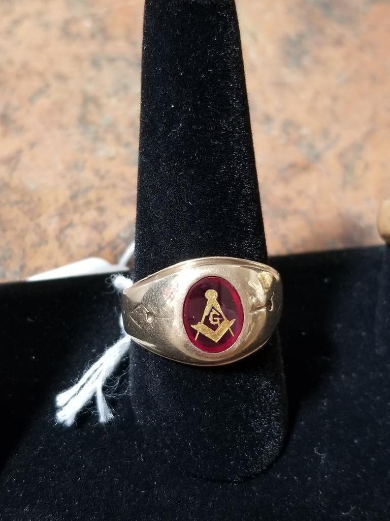 10k Gold Masonic Ring - 4.5 Grams