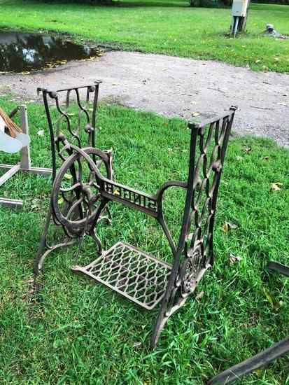Cast Iron Sewing Machine Stand/Base