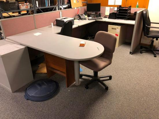 Desk & Cubicle Combo, Cube is 4ft Tall, Includes Chair - See Removal Note Below