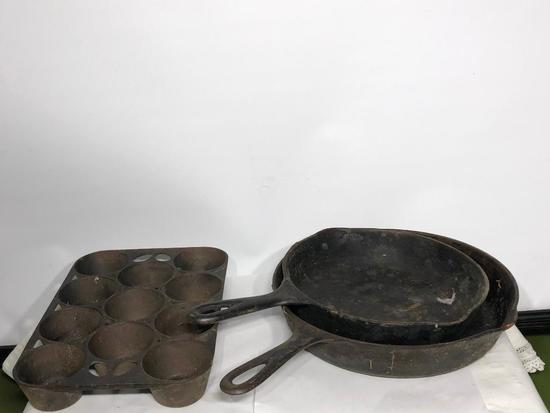 Lot of 3 Antique Cast Iron Cookware, Griswold & Wagner, Muffin Pan, Fry Pans