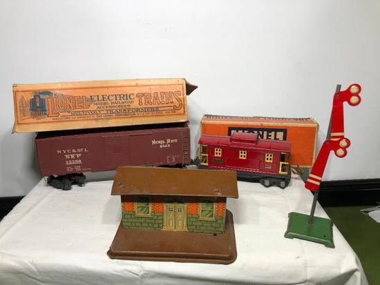 Lionel Trains Train Cars, Crossing Arm and Building