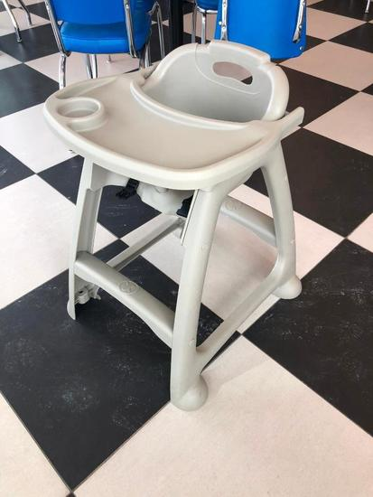 Winco Poly High Chair with Tray