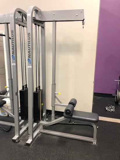 Nautilus Lat Pull Down Machine - Selectable Weights 20lbs to 250lbs