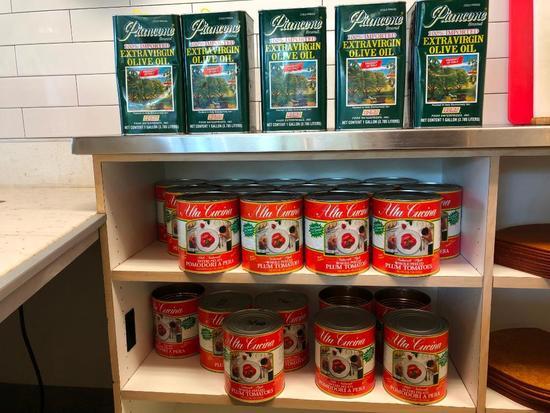 Decorative Tin Olive Oil and Plum Tomato Tins