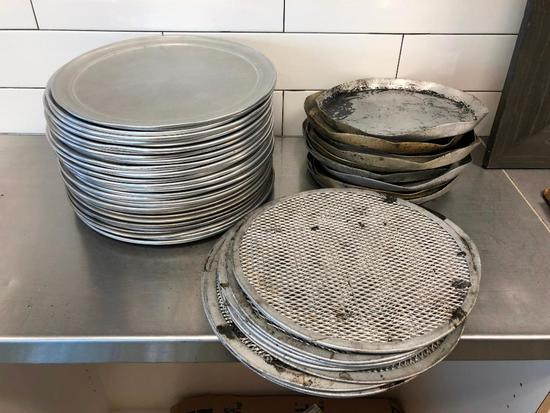 Pizza Pans, (32) 12in Aluminum Flat, (12) 10.5in/12.5in Pizza Screen Pans, (11) 10in Pans