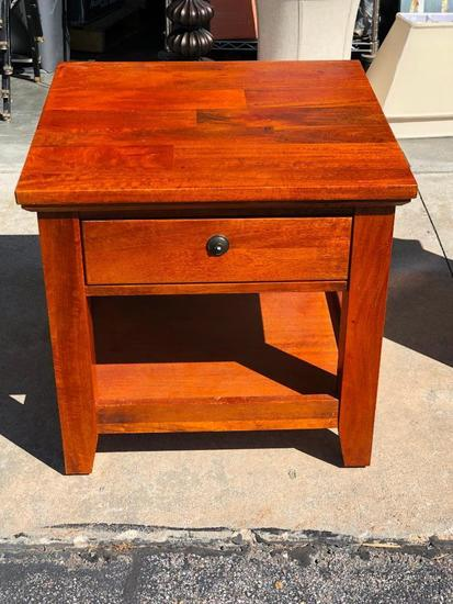 Dick Idol Solid Wood End Table w/ Drawer, Very Nice, Drawer Pull Need Replaced