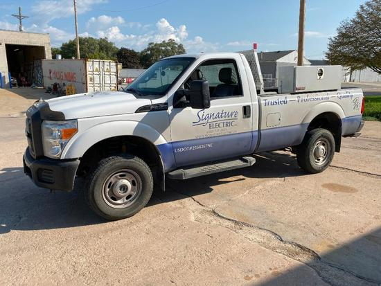 2014 Ford F-350 Pickup, 102,800 Miles, Toolboxes, AC/Heat, 4wd, Automatic
