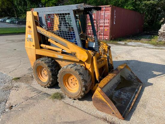 Case Model 1840 Skid Steer w/ 3 Attachments, 3,201hrs (Attachments Sold Separately) SN: JAF0268641