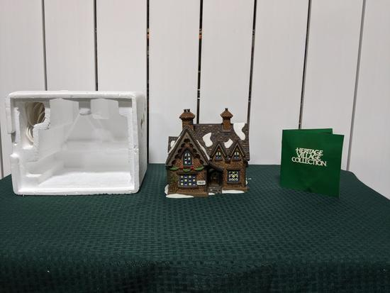 Dickens Village Series-Department 66 - Barmby Moor Cottage (The Heritage Village Collection