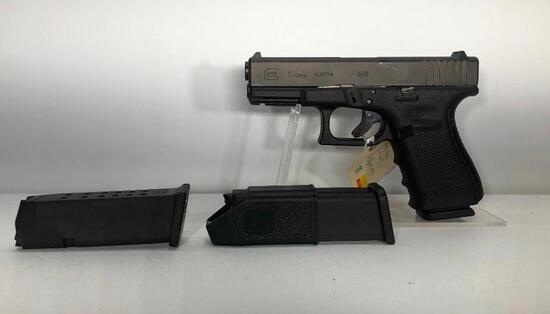 Glock G19 Gen 4 9mm 15 Round Mag w/ Factory Case, Paperwork & 3 Magazines SN: BHAC376