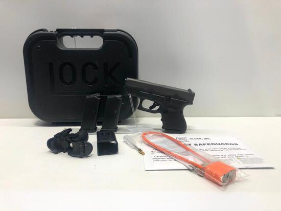 Glock G26 Gen 4 FXD 9mm w/ Factory Case & 3 Magazines SN: BGHG933