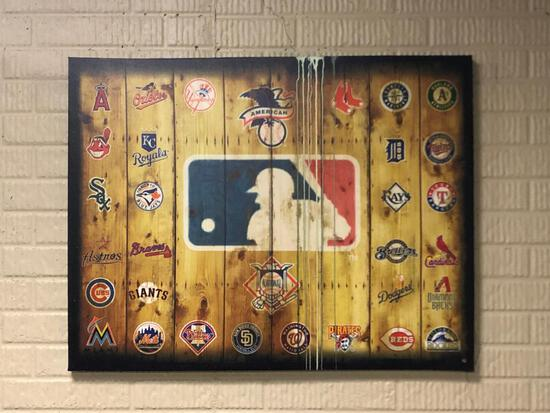 Distressed Wood Major League Baseball Team Logo Wall Decor Artwork