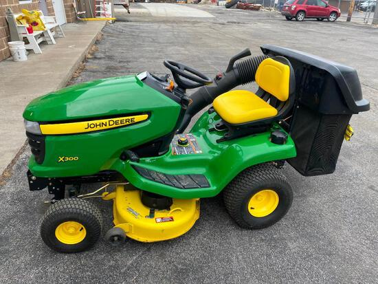 John Deere X300 Riding Lawn Tractor w/ 67 Actual Hours, Like New, Just Services, iTorque Power Sys.