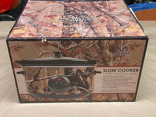 Design Imports Camo Realtree 5qt Slow Cooker / Crockpot
