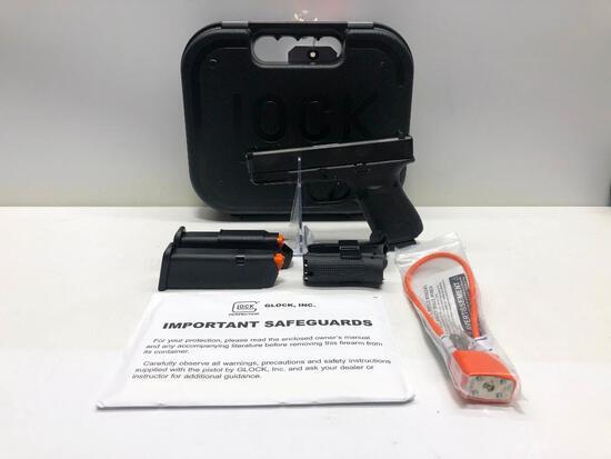 Glock G19 Gen. 5 FXD 9mm w/ Factory Case & 3 Magazines SN: ACZP920