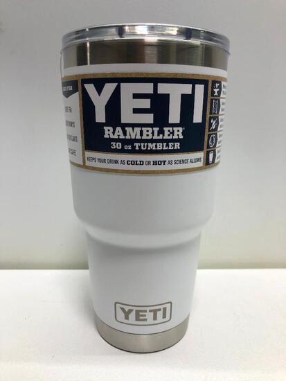 Yeti White 30 oz Tumbler with Mag Slide Lid