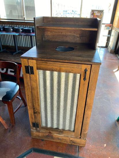 Rustic Tin and Wood Trash Receptacle w/ Brute Trash Can