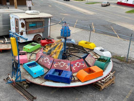 1950's Era Kiddie Carnival Ride, Complete with Ten Pressed Steel 1940's Looking Multi-Colored Cars