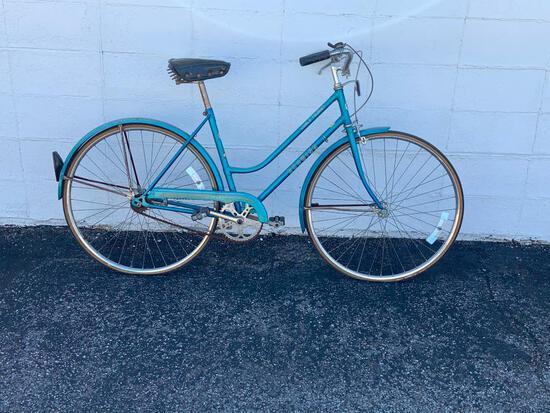 Vintage Schwinn World Tourist Bicycle