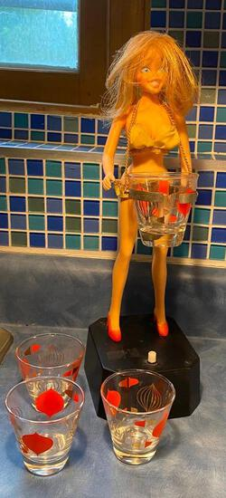 1969 Poynter Products, Inc Battery Operated Mid-Century Modern Pin-Up Girl Cocktail Drink Shaker w/