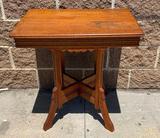 Oak Parlor Table, 28