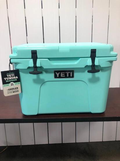 YETI Tundra 35 - Limited Edition Seafoam Green