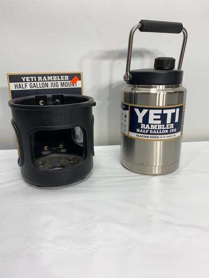 Yeti Rambler Half Gallon Jug w/ Yeti Half Gallon Jug Mount