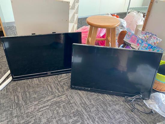 """Lot of 2 LED TVs, Vision E320-A1, 32"""" Coby LEDTV3217, 32"""""""