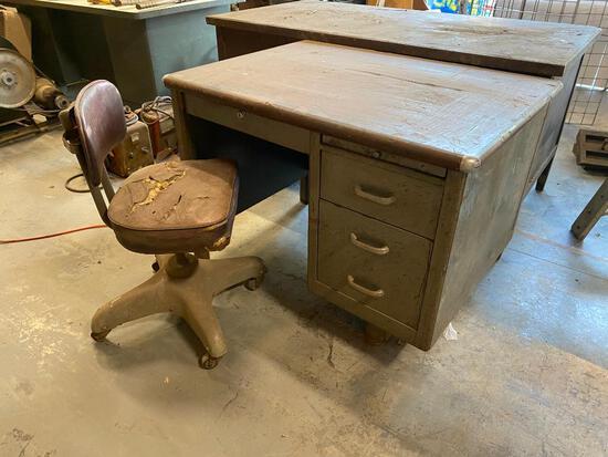 Vintage Steel Shop Desk and Vintage Chair, 39in x 29in x 29in, Single Pedestal