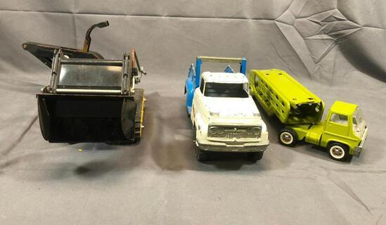 Marx Car Carrier 13 Long and Hubley 926 L Truck 12'' and Tonka T-6 Caterpillar 20'' Long