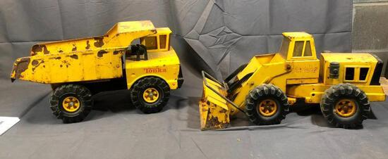 Tonka Dump Truck 18'' and Front End 21'' Loader- Rusty