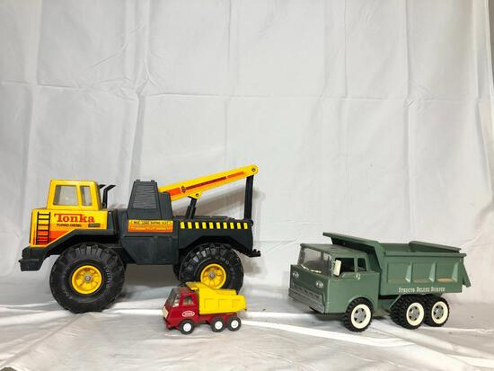 Vintage Toys, Including Structo Deluxe Dumper, Tonka Turbo Diesel Truck