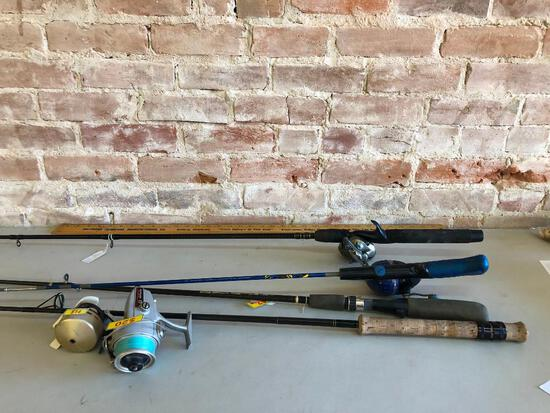 Lot of 4 Fishing Rods and Reels, Bait Caster Accurist PT, Daiwa 8450HRL Open Face