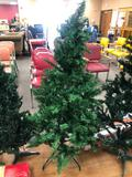 Artificial Christmas Tree, Pre-Lit, w/ Stand, Approx. 4ft Tall